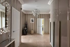 tapeten flur 30 flur deko ideen wie kann die wände dekorieren