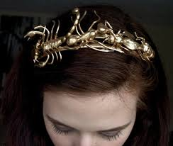 gold hair accessories 11 glamorously golden hair accessories