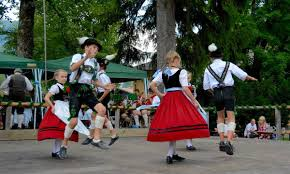 slap happy the schuhplattler in bavaria travels with tricia