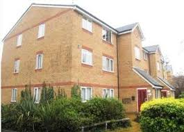 3 Bedroom House To Rent In Hounslow Property To Rent In Chatsworth Crescent Hounslow Tw3 Renting In