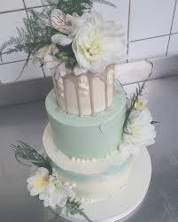 wedding cakes fondant fox