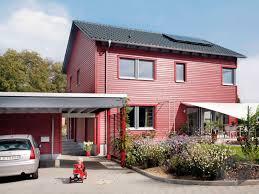 Holzhaus Zu Kaufen Gesucht Ein Holzhaus Bauen Preise Anbieter Infos Fertighaus De