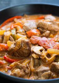 turkey and mushroom gravy recipe turkey stew with peppers and mushrooms recipe simplyrecipes com