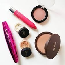 my all australian makeup lineup for australia day all items are free