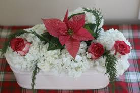 Easy Christmas Centerpiece - easy christmas centerpiece with store bought flowers connecticut