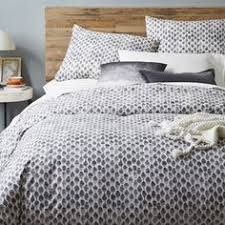 West Elm Chevron Duvet I Think With Different Sheets For A Pop Of Color There U0027s