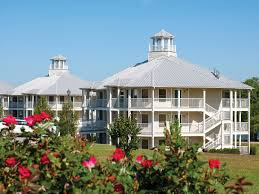 Sheridan Grill Gazebo by Holiday Inn Club Vacations Piney Shores Resort Room Pictures