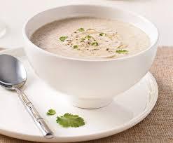 cuisiner avec un blender de délicieuses soupes avec blender chauffant