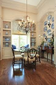 Chandeliers For Dining Room Traditional Best 25 Traditional Dining Rooms Ideas On Pinterest Traditional