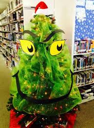 themed christmas trees top 10 character themed christmas trees grinch christmas