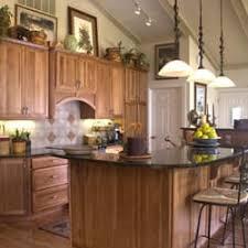 des moines cabinet makers kitchen solvers of des moines contractors 2751 99th st