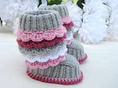 baby girl crochet baby booties crochet pattern by monpetitviolon these would look