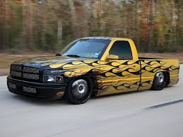 dodge ram this 2000 dodge ram is ahead of the curve