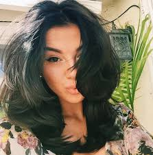 layered cuts for medium lengthed hair for black women in their late forties like the short and thick choppy layers hair color styles