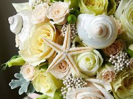 wedding bouquets with seashells 25 best flowers seashells images on wedding
