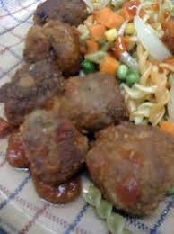 cuisiner boulette de viande recette de boulettes de viande a la sauce tomate par nadiyo