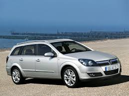 100 opel astra wagon vauxhall astra in pictures new 2015