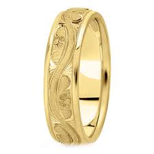 model wedding ring yellow gold wedding bands from mdc diamonds