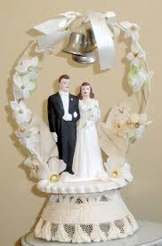 17 Best Images About Wedding 17 Best Wedding Cake Toppers Images On Pinterest Vintage Wedding