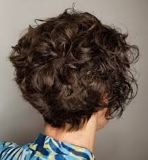 hairstyles for curly and messy hair 50 most delightful short wavy hairstyles