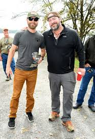 dierks bentley family dierks bentley chris young sam hunt u0026 more go fishing to benefit