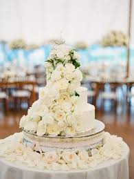 wedding cake flower 26 most insta worthy flower ideas we ve seen