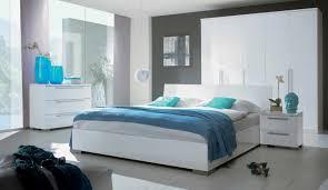 chambre laqué blanc brillant chambre blanc laque design idées de décoration capreol us