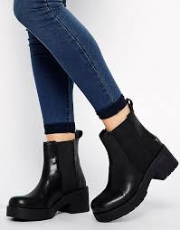 windsor smith windsor smith windsor smith eager leather mid heeled boots
