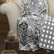 3 piece cotton quilt set in black white paisley damask king