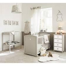 chambre bébé beige amenager marron decorer beige coucher ameublement moderne tour