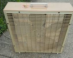 kitchen electric fans collectibles vintage lakewood metal tan 3 speed 20