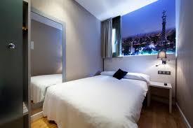 double room for single use in barcelona hostal bcn ramblas