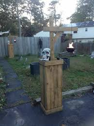 Christmas Yard Decorations Made Of Wood by 25 Best Pallet Halloween Decorations Ideas On Pinterest Diy