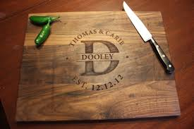 engraved cutting boards personalized engraved wood cutting board circle monogram names