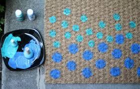 Entryway Door Mats 10 Simple And Cute Diy Entryway Doormats Shelterness
