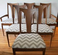 Mid Century Modern Dining Table Mid Century Modern Dining Chair Set From The Broyhill Brasilia