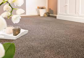 schlafzimmer teppichboden teppichboden schlafzimmer braun ideen für die innenarchitektur
