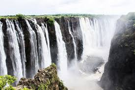 famous waterfalls in the world top 10 waterfalls in the world biggest tallest beautiful
