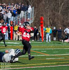 game thanksgiving the annual thanksgiving football game marblehead vs swampscott