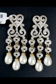 and pearl chandelier earrings wedding at the telfair museum from