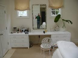 Guidecraft Classic White Vanity And Stool 100 Bedroom Vanity Bedroom Vanities Simple Dressing Tables