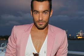 Seeking Season 2 Episode 1 Cast Quantico Season 2 Casts Aaron Diaz As Thrill Seeking