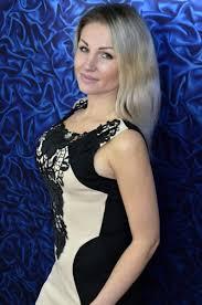 popular hair styles for 35 year olds gentle ukrainian girl for marriage viktoriya 35 years old ukraine
