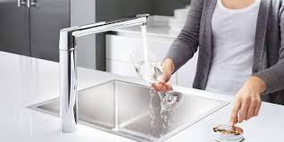 robinets cuisine grohe robinet cuisine design mitigeur douchette le robinet de cuisine