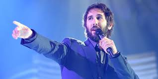 josh groban s stages is proof that clarkson hasn t gotten