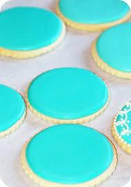 place setting cookies for weddingbells magazine sweetopia