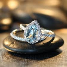 Aquamarine Wedding Rings by Best 25 Aquamarine Engagement Rings Ideas On Pinterest