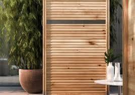 ringhiera in legno per giardino divisori per terrazzi in legno con rivestimento termocamino