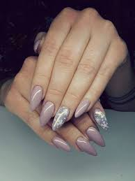 the 25 best christmas gel nails ideas on pinterest gel nail