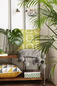 Urban Trends Home Decor